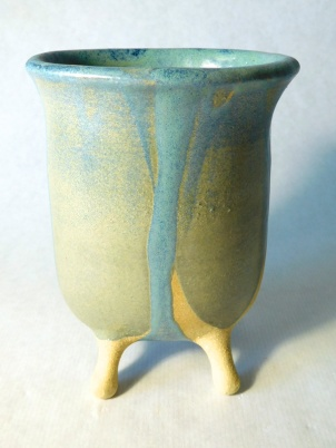 8. Galland,-Madelon.bathtub-vase